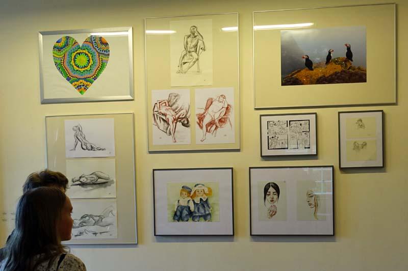 Die Arbeiten der jungen Künstler zeigen eine große Vielfalt.