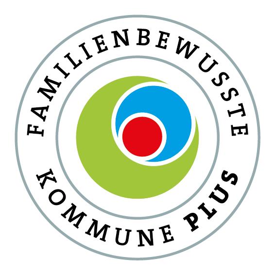 """2015 wurde die Stadt mit dem Prädikat """"Familienfreundliche Kommune plus"""" ausgezeichnet."""