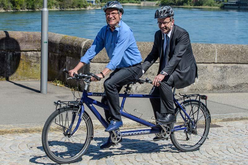 Treffpunkt zum Gruppenfoto mit allen Velobegeisterten: Samstag, 12. Mai, um 10 Uhr auf der Rheinbrücke in Rheinfelden.