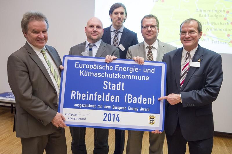 Minister Franz Untersteller, Michael Schwarz, Jan Münster, Erik Fiss und Oberbürgermeister Klaus Eberhardt