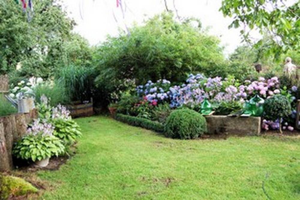 Idyllische Atmosphäre im Bauerngarten