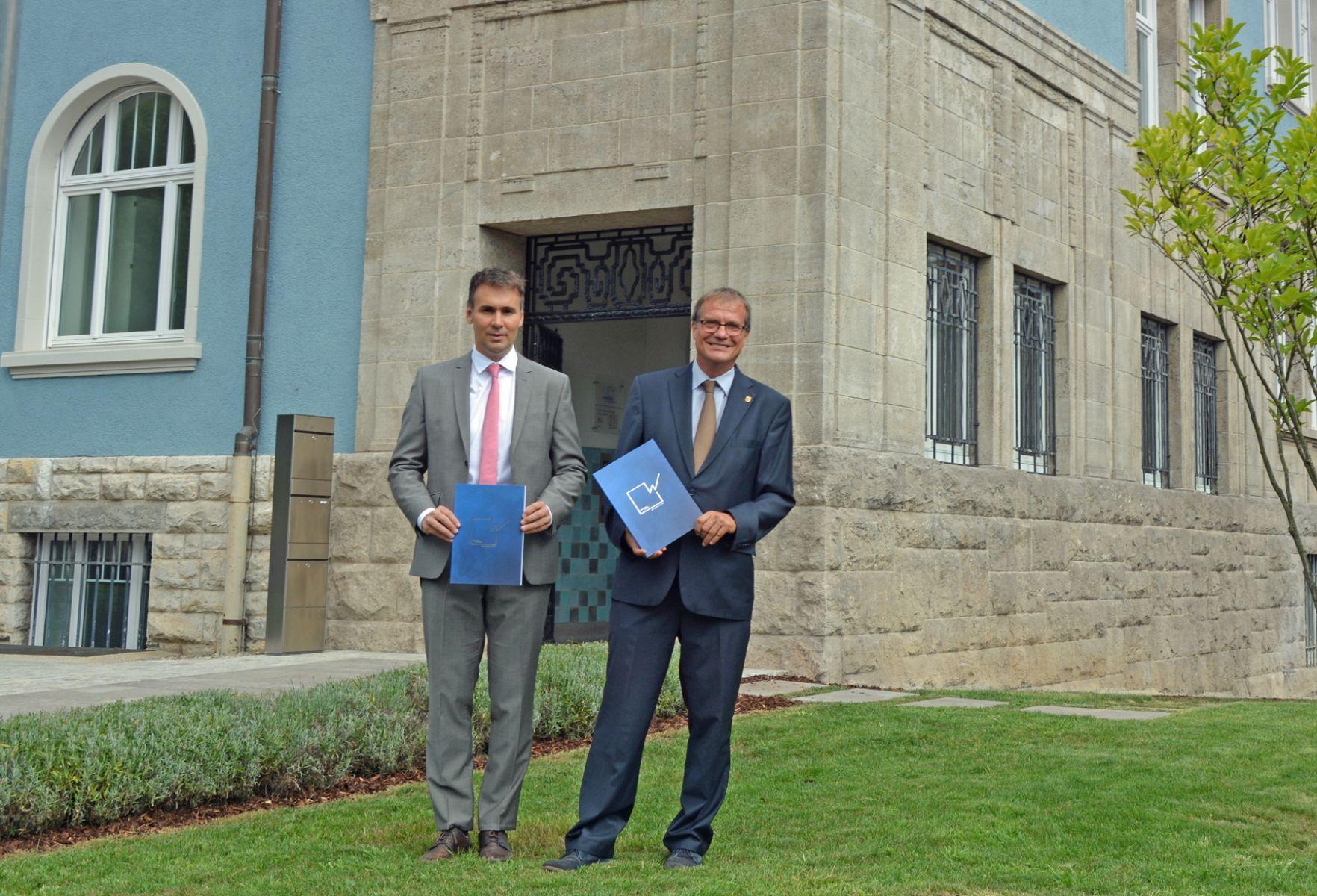 Geschäftsführer Markus Schwamm und Aufsichtsratvorsitzender Oberbürgermeister Klaus Eberhardt stellten den Geschäftsbericht 2017 vor.