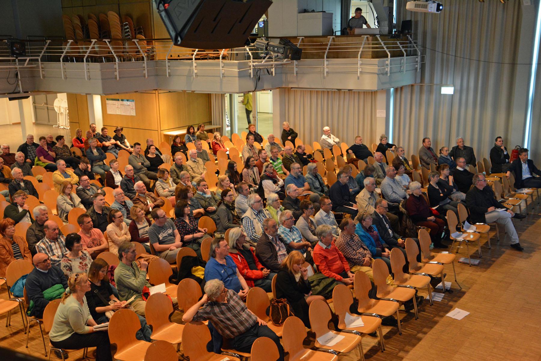 Rund 200 Bürger informierten sich über das Wärmenetz.