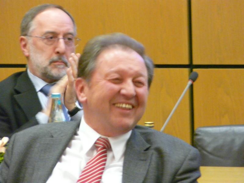 Paul Renz (vorne)