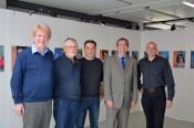 Auf dem Bild zu sehen sind (von links nach rechts): Uwe Tittmann, Lothar Wihan und Klaus Weber von der Bürgerinitiative, Oberbürgermeister Klaus Eberhardt und Tiefbauamtsleiter Tobias Obert.