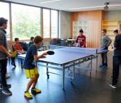 Mit der Umicore-Spende wurde unter anderem diese Indoor-Tischtennisplatte angeschafft.
