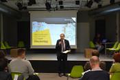 Oberbürgermeister Eberhardt informierte über die Finanzen zum Bau des Rheinstegs