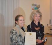 Prof. Irmtraud Tarr erhielt als erste Bürgerin der Stadt Rheinfelden die Staufermedaille.