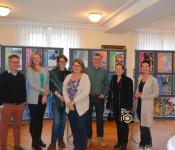 Peter Löwe (Grafik), Stephanie Braun, Michèlle Geser, Brigitt Brücker, Claudius Beck, Bürgermeisterin Stöcker und Stadträtin Bieber freuen sich über den Erfolg von 2xRheinfelden.