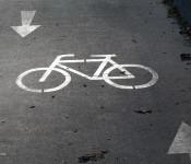 Auf dem Radweg bei Karsau wird vorrübergehend eine Überfahrung eingerichtet.