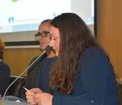 Stefan Heinz, Leiter der Fachstelle für Wohnungssicherung und Mobile Obdachlosenbetreuung, und seine Mitarbeiterin Slavia Stanojevic berichteten im Sozialausschuss über ihre Arbeit.