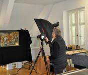 Jeder Gegenstand im einstigen Stadtmuseum wird in einer Datenbank erfasst und fotografiert.