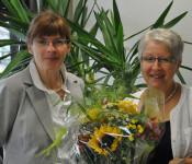 Hauptamtsleiterin Ingrid Aßfalg und Gudrun Sautter