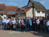 Rund 60 Akteure aus den Verwaltungen und aus der Politik der beiden Rheinfelden trafen sich zum Austausch und besseren Kennenlernen. Auf dem Programm stand eine Tour durch Herten und Degerfelden.