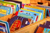 Kinderbücher in Kisten