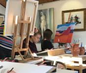 Schüler der Kunstschule Quici stellen vom 23. Juli bis 30. August ihre Werke in der Rathausgalerie aus.