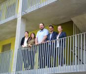 Das Integrationsteam, Sarah Werner, Elif Avcik, Dragan Stanojevic und Dario Rago (von links) mit Bürgermeisterin Diana Stöcker.