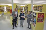 Freuen sich auf die Jubiläumsfeierlichkeiten: Kulturamtsleiter Claudius Beck, Stadtbibliothek-Leiterin Andrea Strecker und Bürgermeisterin Diana Stöcker (von links).