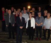 """Die """"Jubilare 2019"""" und die """"neuen Pensionäre"""" ließen bei einem gemütlichen Essen mit Oberbürgermeister Klaus Eberhardt und Bürgermeisterin Diana Stöcker das Jahr ausklingen."""