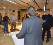 Oberbürgermeister Klaus Eberhardt ehrt Sportler für herausragende Leistungen.