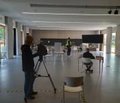 SWR TV filmt OB Wahl in Coronazeiten.