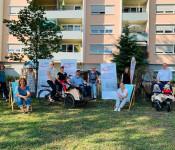 Mit einem Zauntrasch und Rikschafahrten beteilgten sich das Familienzentrum und das Lokale Bündnis für Familie an der Woche des bürgerschaftlichen Engagements.