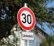Symbolbild 30er-Schild