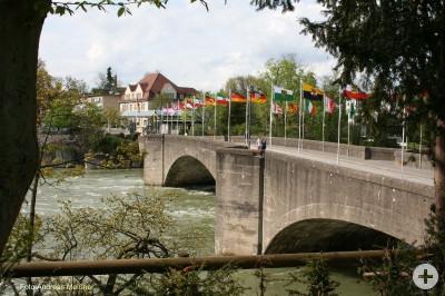 Bridge verbindet