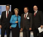 Barbara Bosch und Paul Renz (Mitte)