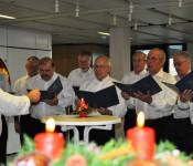 Der Männerchor des Stadtbauamtes sorgte für weihnachtliche Stimmung.