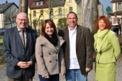 Bürgermeister Rolf Karrer, Christine Tortomasi (SAK), Franz-Xaver Veith und Cornelia Rösner, Leiterin des Amtes für Familie, Jugend, Senioren und Soziales