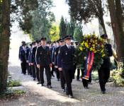 Einzug auf dem Nollinger Friedhof