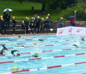 1,5 Kilometer Schwimmen, 43 Kilometer Radfahren und 11 Kilometer Laufen