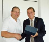 Rudolf Rütschlin und Oberbürgermeister Klaus Eberhardt)