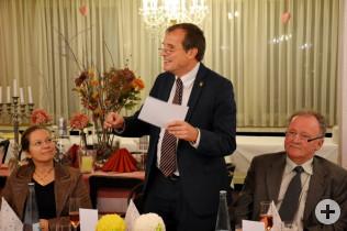 Bürgermeisterin Diana Stöcker, Oberbürgermeister Klaus Eberhardt und Hanspeter Schuler