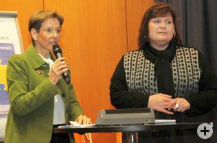 Landrätin Marion Dammann und Sozialdezernentin Elke Zimmermann-Fiscella