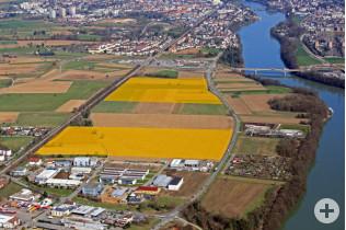 Luftaufnahme Industriegebiet Rheinfelden Süd (obere gelbe Markierung)