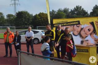 15 Kindern aus Oberrheinfelden ermöglichte die Stadt die Teilnahme an der BVB-Fußballschule, die dank Evonik nach Rheinfelden kam.