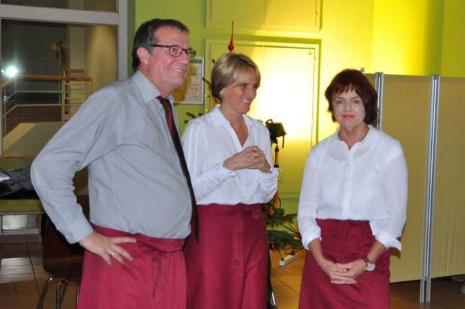 Den Service übernahmen Oberbürgermeister Klaus Eberhardt, Betriebsleiterin Irene Lorenz sowie Mitglieder des Fördervereins wie Cornelia Rösner.