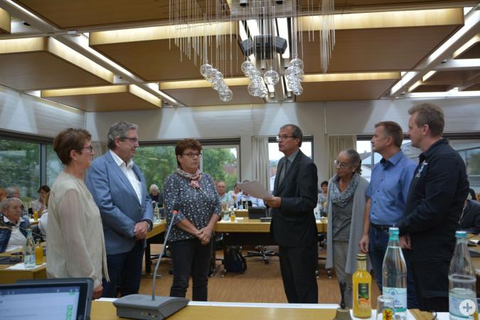 Dr. Eveline Klein (Minseln), Jürgen Räuber (Karsau), Silvia Rütschle (Adelhausen), Karin Reichert-Moser (Degerfelden), Stefan Eckert (Eichsel) und Sven Kuhlmann (Nordschwaben) sind die jeweiligen Ortsvorsteher.
