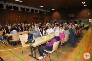 Rund 100 Gäste kamen in die Scheffelhalle Herten.