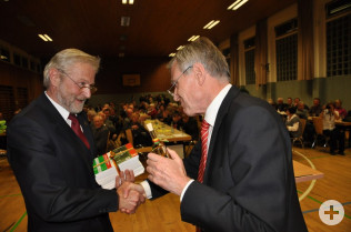 Alfred Winkler und Oberbürgermeister Eberhard Niethammer
