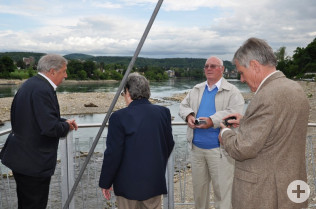 Besichtigung des neuen Fischaufstieggewässers