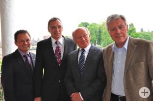 Michael Schleith, André Marker, Karlheinz Hoppe und Oberbürgermeister Eberhard Niethammer