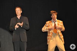Herr Linne möchte eigentlich eine seriöse Show machen, was Herr Riesling davon hält...