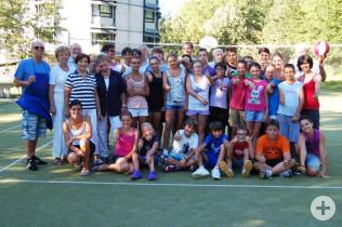Gruppenfoto der Neumarkter Kinder und Jugendlichen (Foto: Peter Ade)