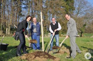 Ursula Philipps, Alois Siebold, Jürgen Räuber und Oberbürgermeister Klaus Eberhardt