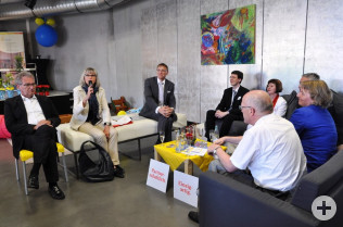 """Talkrunde """"Familienfreundlichkeit im Stadtgespräch"""" im Offenen Wohnzimmer"""