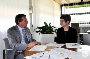 Oberbürgermeister Klaus Eberhardt und Sabrina Ruhöfer