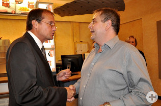 Oberbürgermeister Klaus Eberhardt und Bernd Gschöpf